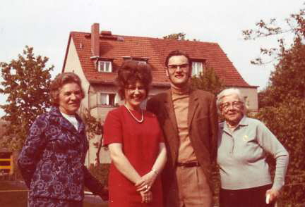 Familie Becker ,  Berlin 1972